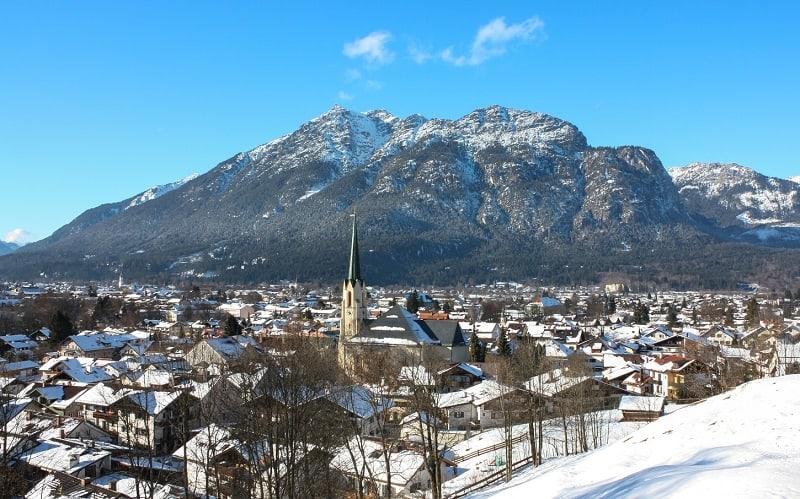 Skier à Garmisch avec AlpAddict