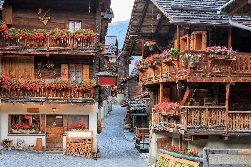 Chalets Suisse dans le Valais