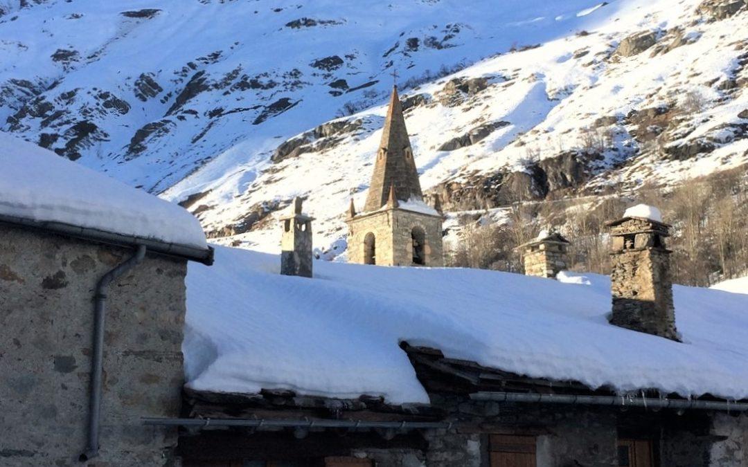 Maisons en pierre dans le centre de Bonneval sur Arc