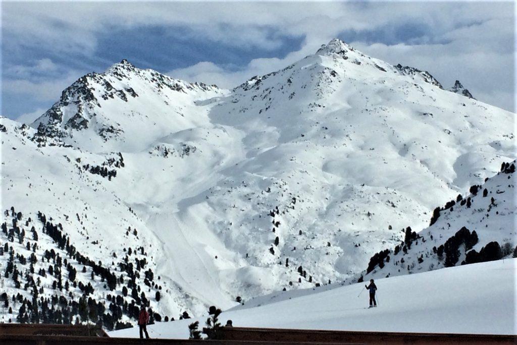 AlpAddict vous emmène skier sur les pistes du Mont Vallon à Meribel