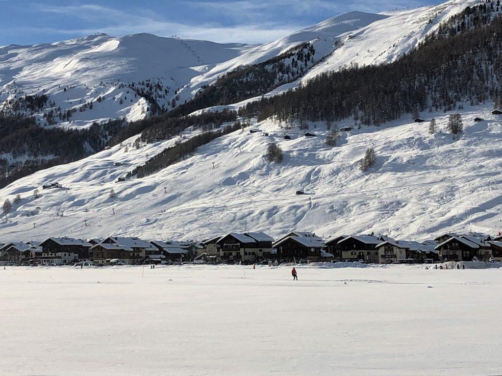 Skier à Livigno avec AlpAddict