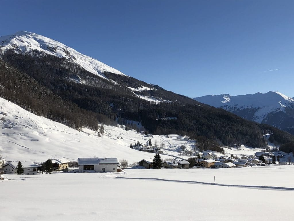 AlpAddict à ski dans le Val Müstair